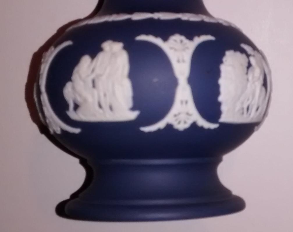 Wedgwood Jasperware Vase Portland Blue 5