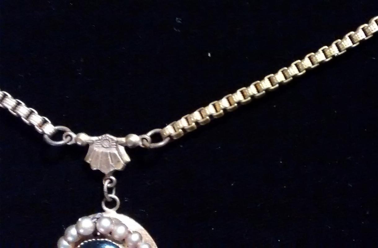 Czechoslovakian Portrait Pendant Necklace Book Chain 17
