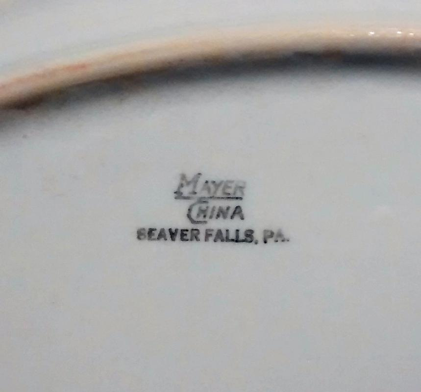 Mayer Arbor / King Pin Platter 40s-60s Restaurant China Red/White 12.5