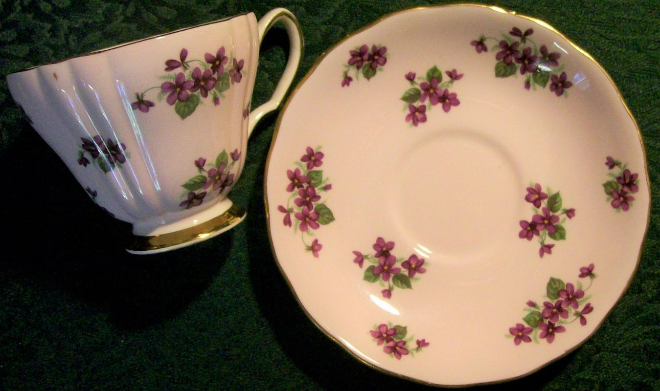 Ridgway/Colclough Bone China Cup & Saucer Purple Violet on Pink 1950s