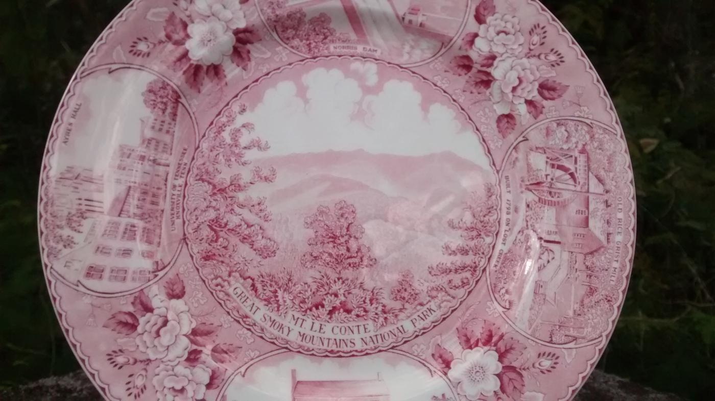 Smoky Mountains National Park Souvenir Plate Red Transfer 10