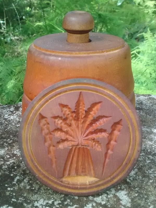 Treenware Butter Mold 1800s Primitive Wheat Sheaf