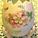 Egg Vase Pink w/ Flower Decoration Ca. 1950s 4.75