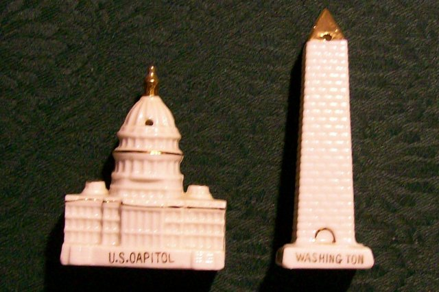 Figural Ceramic Salt & Pepper: Washington Monument/ Capitol Building
