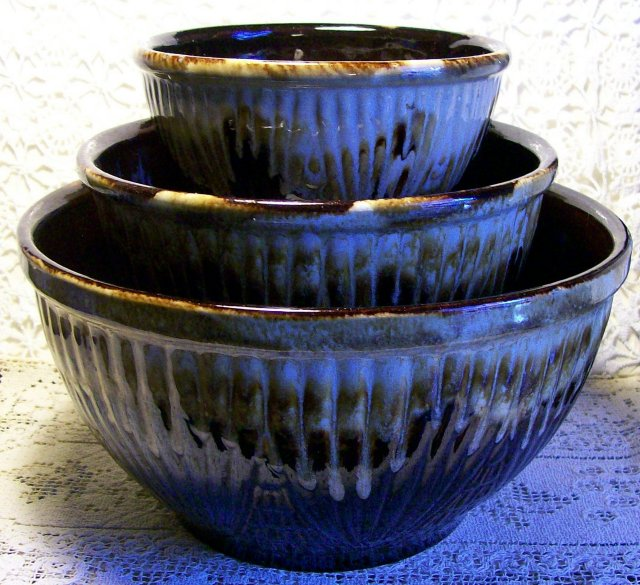 Robinson Ransbottom Stoneware Mixing Bowl Set : Brown Drip glaze
