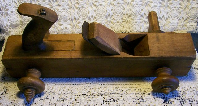 James Mfg. Adjustable Plow Plane: Ca. 1854
