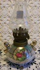 Miniature Oil Lamp: Lusterware/ Romantic Couple: 1950's