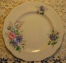 Royal Albert Plate: Friendship Series: Sweet Pea