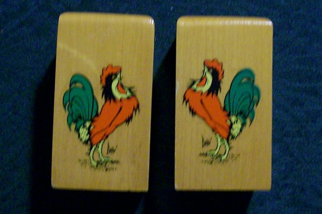 S&P :  Wooden with Rooster Decals