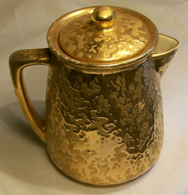 McCoy Golden Brocade / Sunburst Gold Coffee Pot with Lid Ca. 1957 24K