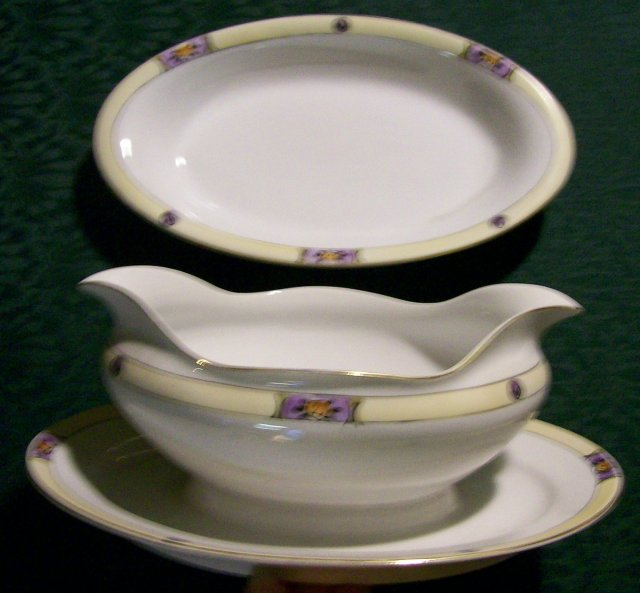 Meito Japan Ceramic Gravy & Relish Dishes #MEI 489 Deco Floral Band