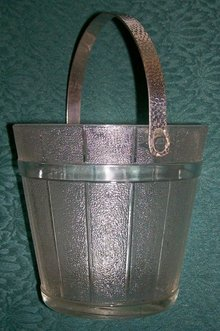 Indiana Glass Ice Bucket Oak Pail 1950's Clear Hammered Handle