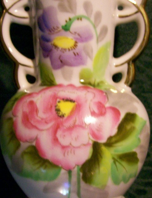 Occupied Japan Hand-Painted Vase with Cutwork Rim