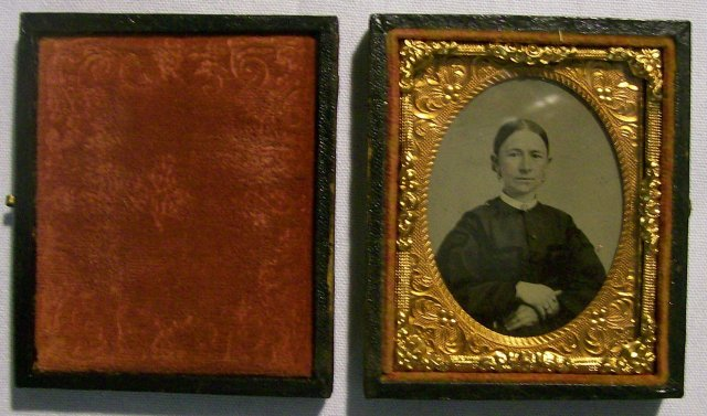 Tintype Photograph of Woman w/Case 1/9th Plate Mid-1800s