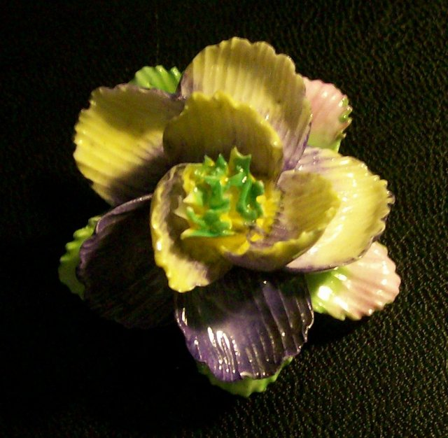 Coalbrook China Figural Flower Pin Ca. 1960's England 1.5