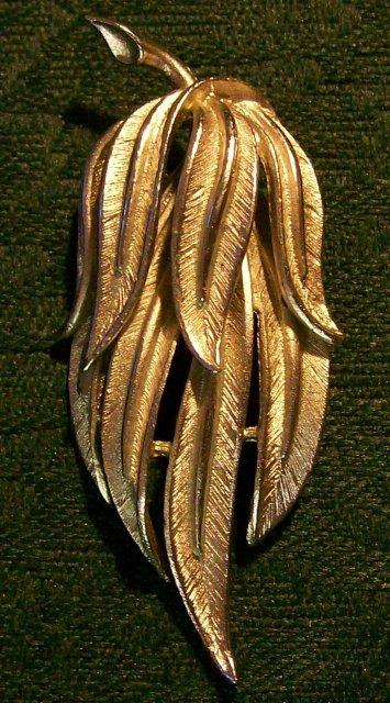 Coro Brooch/Pin:  Silvertone Leaf Bunch