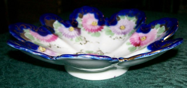 Nippon Bowl: Cobalt  & Gold with Flowers