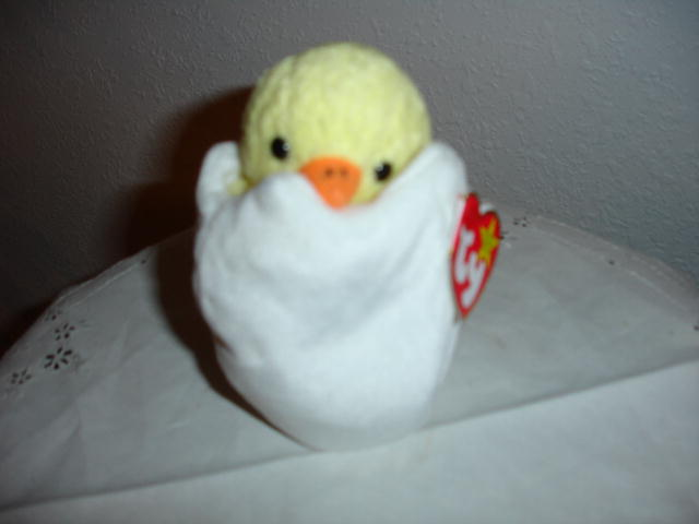Ty Beanie Baby Chicken in a Shell