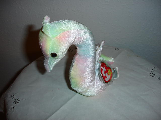 Ty Beanie Baby Seahorse