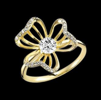 Yellow gold diamond flower shape ring 2.36 ct. diamond