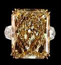 Champagne 4.40 ct. radiant Diamonds ring gold white new