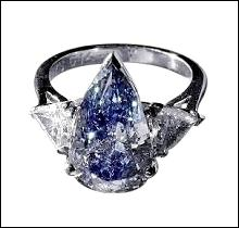 Blue pear & trillion diamonds 1.65 cts. ring 3-stone