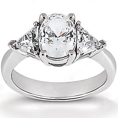 Big diamonds engagement ring three stone 2.71 ct. ring