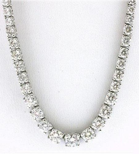 25 carats Diamonds necklace tennis graduated riviera