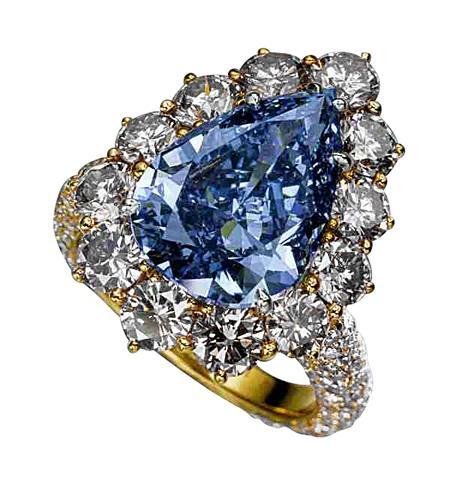 Blue & white diamonds 2.50 cts. Wedding ring