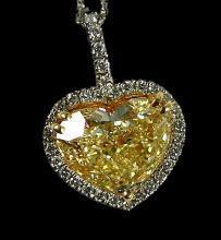 Heart yellow canary & white diamonds pendant 4 ct. new