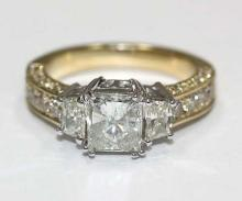 F VS1 Three Stone Diamond Ring 2.75 Carat diamond gold ring