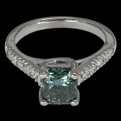 1.25 cts. Radiant center diamond engagement ring new