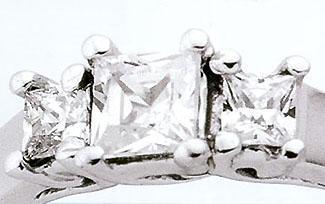 DIAMOND engagement RING gold PRINCESS CUT 3 STONE