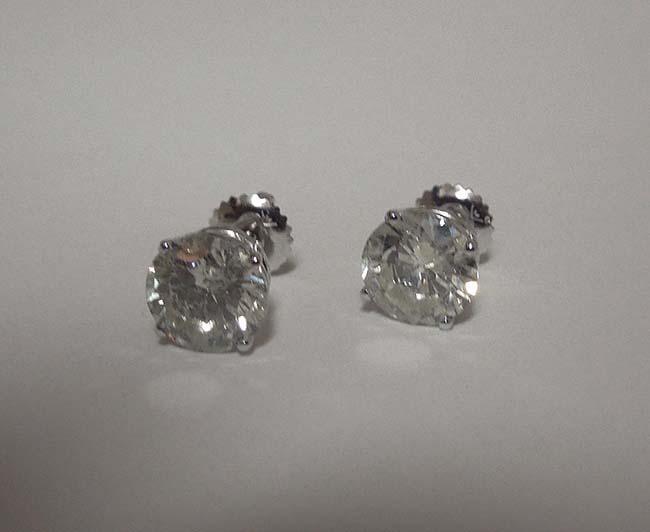 F VVS1 1.20 CTS round diamonds platinum stud ear ring