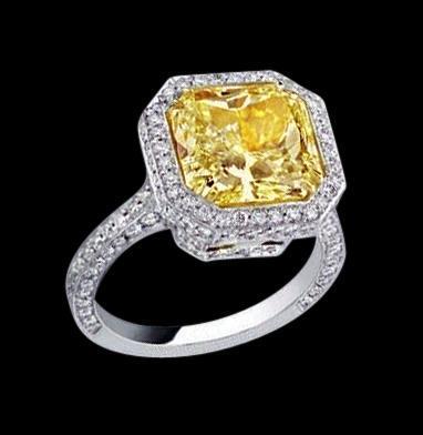 Fancy yellow radiant & white diamonds ring 3 carats new