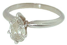 0.70 carat PEART CUT DIAMOND SOLITAIRE RING new gold