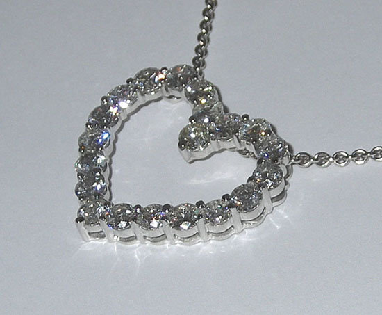 5.01 carats HEART style PENDANT diamonds necklace love