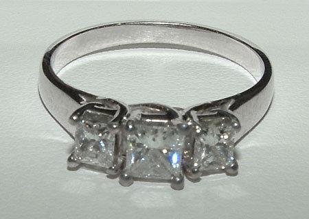2.0 ct PRINCESS CUT diamond engagement ring platinum