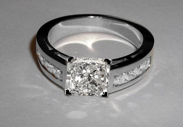 Princess cut engagement ring 3 ct. diamonds ring gold
