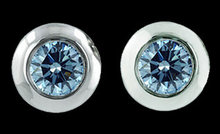 New blue diamonds earrings SI1 diamonds 3 ct. ear ring