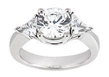 2.75 carat Round cut trilliant diamond ring platinum