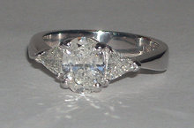 2.75 carat Oval cut trilliant diamond ring platinum
