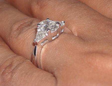2.75 carat Oval cut trilliant diamond ring platinum
