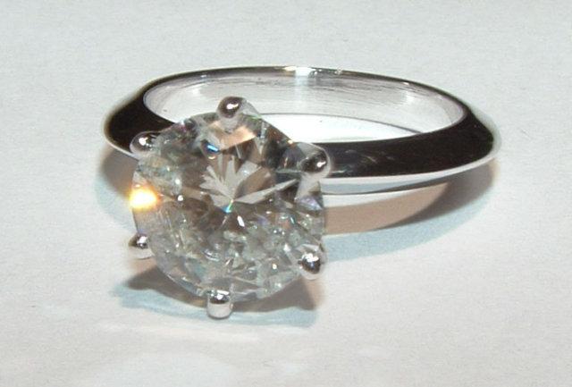 2 carat G SI3 round diamond solitaire ring white gold