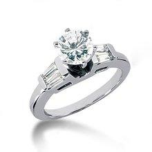 2.51 carat baguette diamonds ring 3-stone ring gold