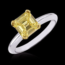 Asscher cut yellow canary diamond solitaire ring 1 cts.
