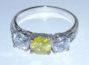 3.35 carats FANCY YELLOW CANARY DIAMOND ring 3 stone
