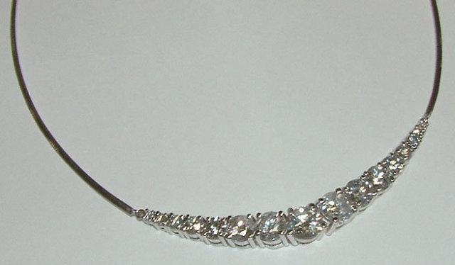 6.4 carats graduated diamonds necklace LARGE DIAMOND