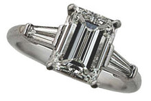 2.35 carats EMERALD CUT diamond engagement ring VVS1 D