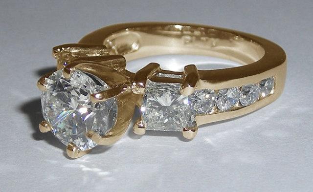 Diamonds engagement ring 4.51 ct. diamonds 3 stone ring